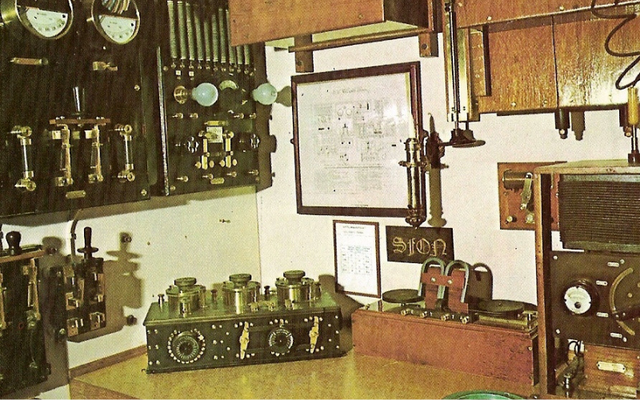 A Marconi wireless room on board a ship from about 1910.