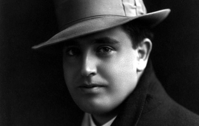 Count John McCormack, one of the world's most famous tenors.