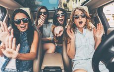 Thumb_cut_surprise_driving_on_the_wrong_side_of_the_road_ireland_istock