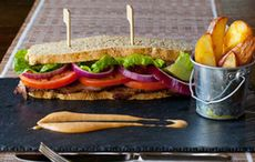Thumb_bookmaker-sandwich-with-guinness-onion-marmalade