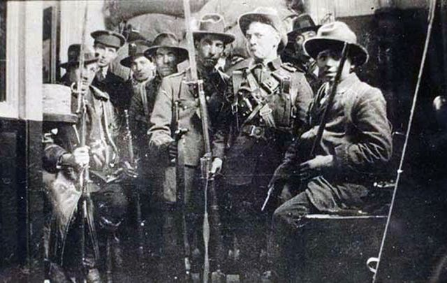 Members of the Irish Republican Army photographed during the 1916 Easter Rising.