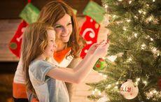 Thumb christmas tree decorating   getty