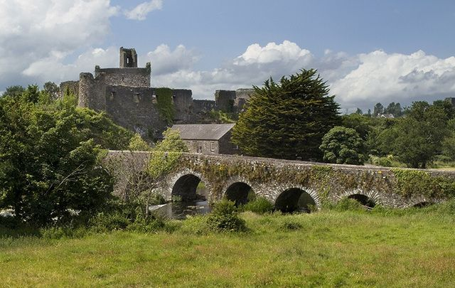 The earliest known settlers in County Cork were hunter-gatherers who lived near Fermoy more than 10,100 years ago.