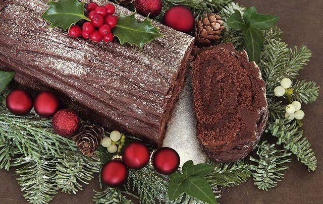 a bche de nol is the delicious chocolate french cake that we feel the irish could - Christmas Yule Log Cake