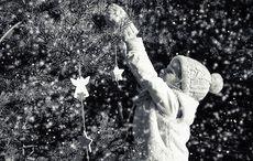 Thumb christmas decorating tree snow little person istock