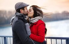 Thumb irish lovers bridge kiss istock