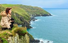Thumb_mi_main_women_cliffs_ireland_countryside_istock
