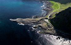 Thumb giants causeway volcanic icp