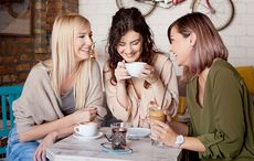 Thumb_mi_women_relaxing_coffee_hipsters_getty