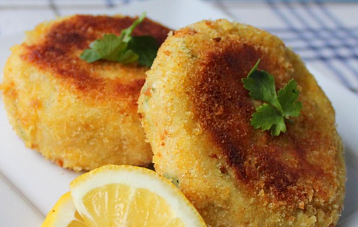 Traditional irish cod fish cakes recipe from an irish for How to make cod fish cakes