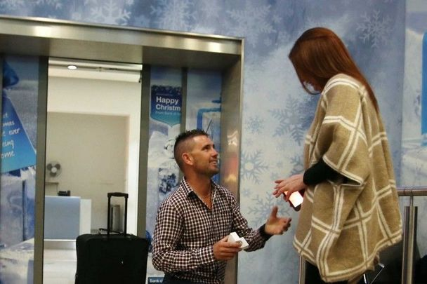 Irishman Martin Mulroe proposes to long-term girlfriend Louise Mooney.