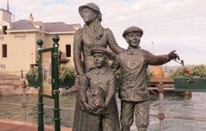 On This Day: Annie Moore is the first immigrant through Ellis Island in 1892