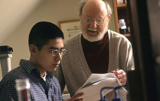"Dr. William Campbell (right) works one- on-one with Drew undergraduate student Emmanuel (Manny) Gabrielon. He was, Campbell says, ""a truly exceptional student."