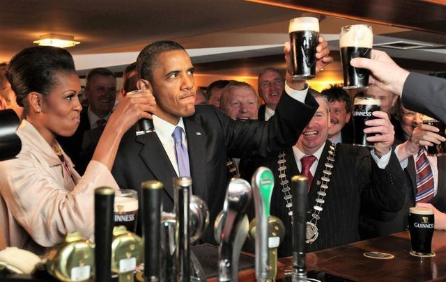 May 23, 2011: President Barack Obama and First Lady Michelle Obama in Hayes Bar in Barack\'s ancestral home of Moneygall, Co. Offaly.