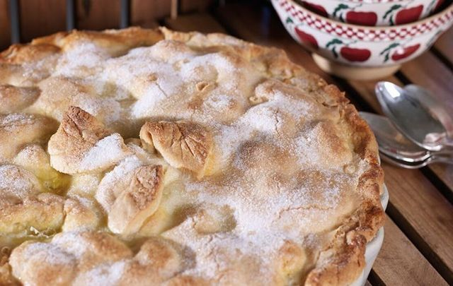 Who can say no to some delicious Avoca apple pie?