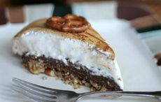 Thumb_mi_guinness_chocolate_pie_with_beer_marshmallow_meringue