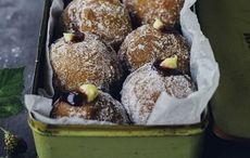 Irish blackberry jam and custard donuts recipe