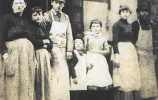 Thumb_lustgarden_family_tenementorg