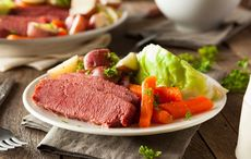 Thumb_corned-beef-cabbage-irish-american-istock