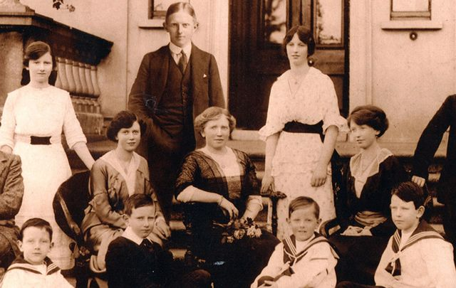 Mary Martin surrounded by her family.