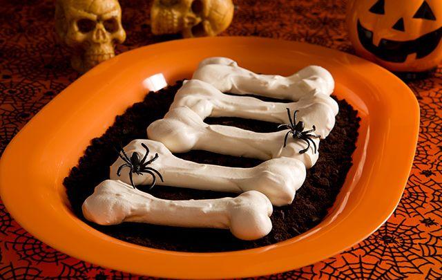 Happy Halloween - spooky brittle meringue bones