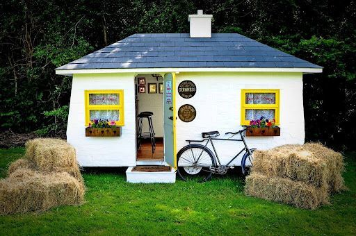 Galway cabinet maker John Walsh has created a mobile Shebeen with two draught beers and just ten seats.
