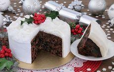 Thumb christmas cake istock