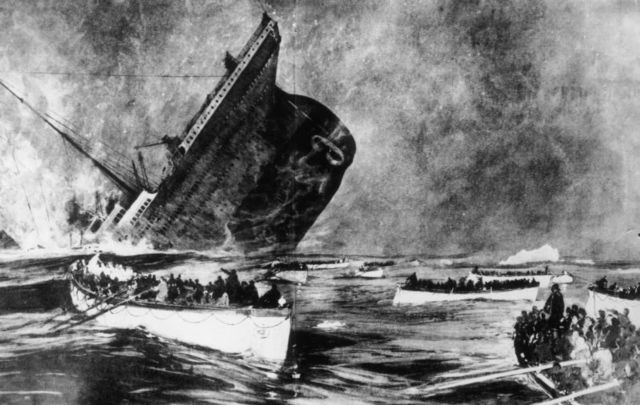 An artist\'s 1912 rendering of the Titanic disaster