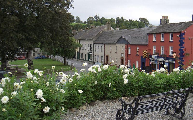 Inistioge, Co Kilkenny. Credit: Photo © Alex Passmore (CC-BY-SA/2.0) geograph.org.uk/p/5221853