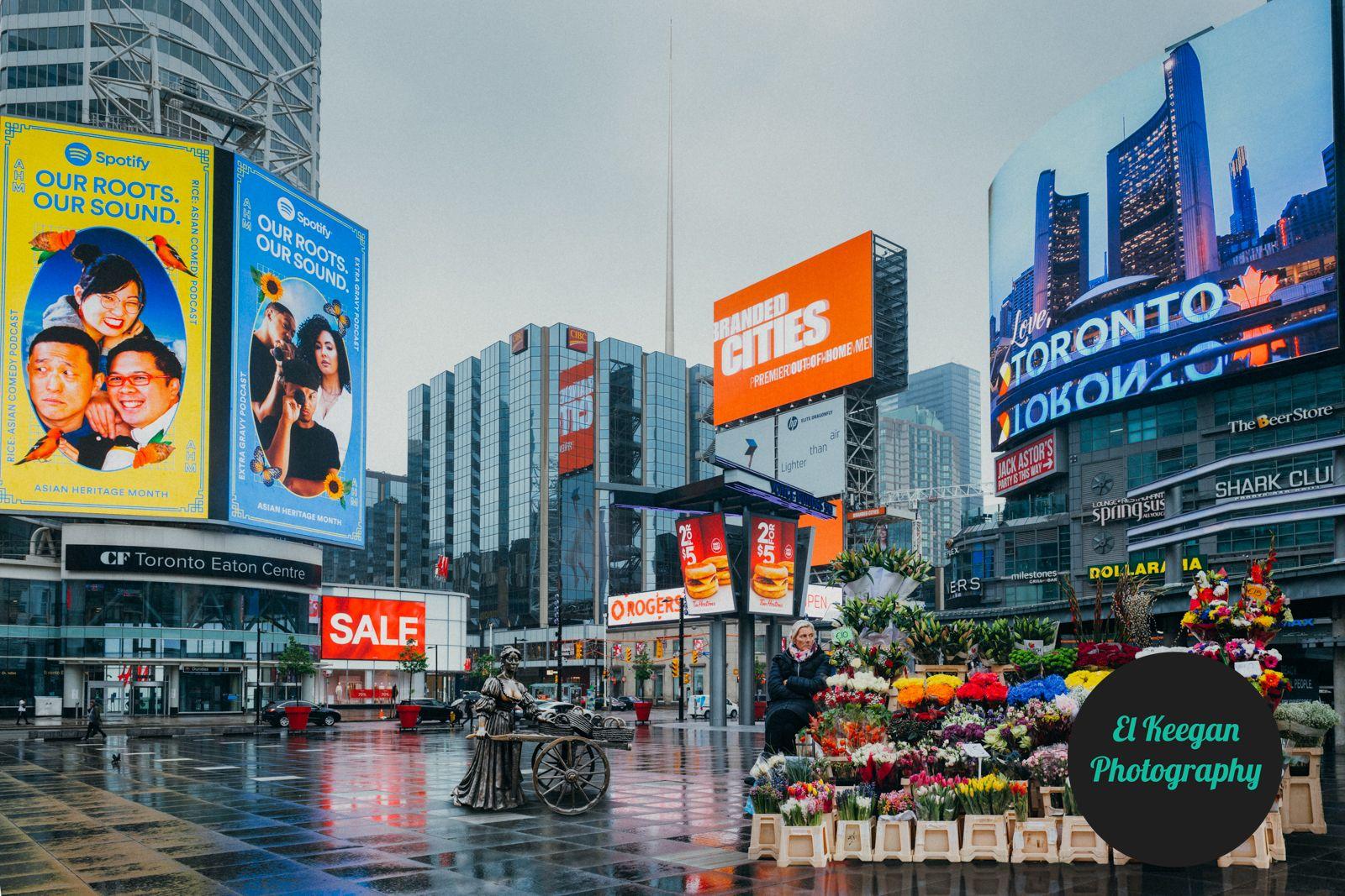 Dundas-plein in Toronto.  El Keegan