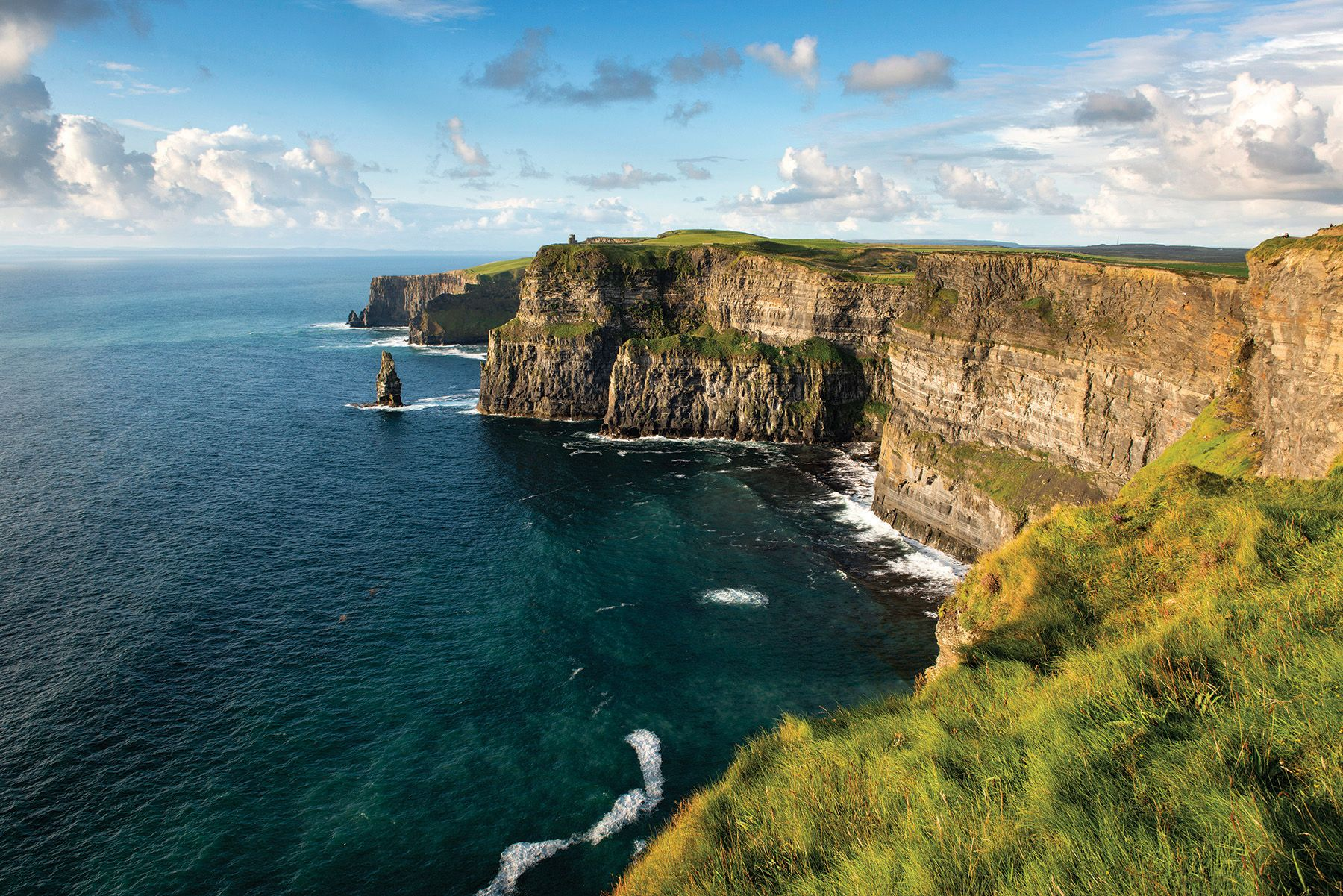 Visit famous Irish landmarks such as the Cliffs of Moher and experience unforgettable moment with CIE Tours