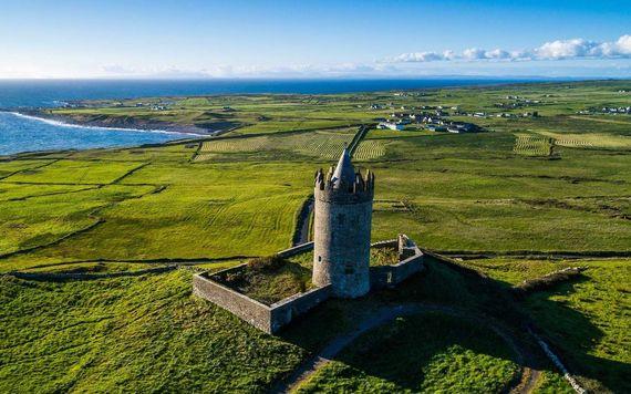Doonagore Castle.