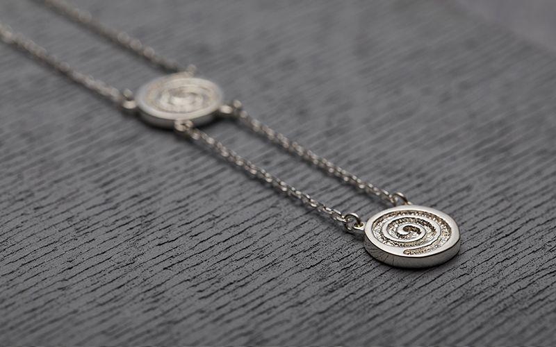 Liwu Jewellery Unites Celtic Symbols And Chinese Calligraphy