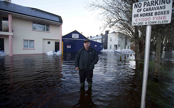 The town of Ballinasloe, County Galway flooded by the River Shannon (Photos: RollingNews.ie)