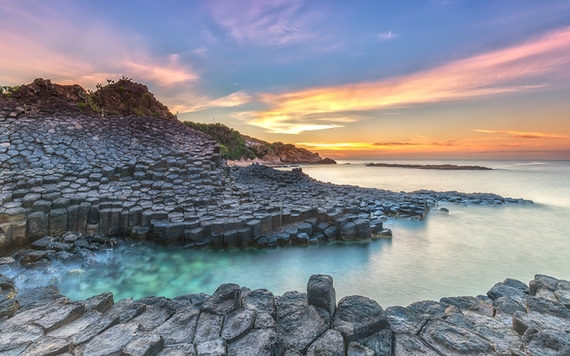 Best places to visit in Ireland: Giant's Causeway. Image credit: iStock.