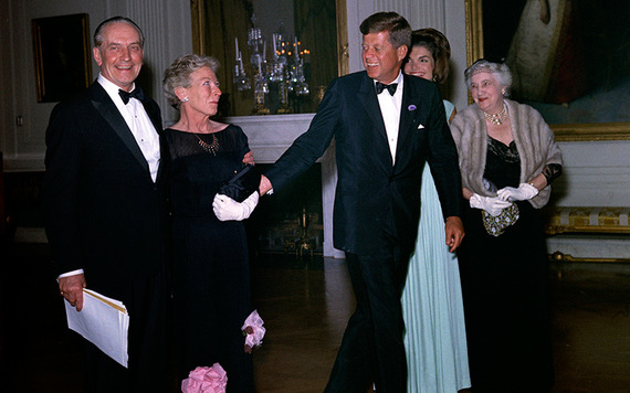 President John F. Kennedy visits with guests in the East Room during a dinner in honor of Nobel Prize winners from the Western Hemisphere. Left to right: actor, Frederic March; writer, Mary Welsh Hemingway (widow of Nobel Prize-winning author, Ernest Hemingway); President Kennedy; First Lady Jacqueline Kennedy; and Katherine Tupper Marshall (widow of Nobel Prize winner and former Secretary of State, General George C. Marshall). White House, Washington, D.C. Image: Robert Knudsen. White House Photographs. John F. Kennedy Presidential Library and Museum.