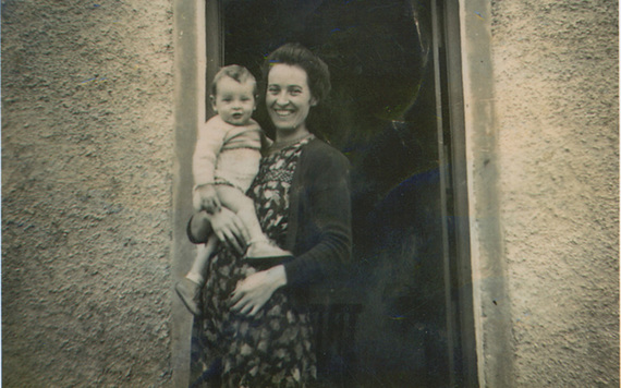An old family photo of Dowling and his mother.
