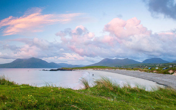 Maine Irish are rediscovering their Irish roots in Connemara, Co. Galway. Pictured Renvyle Beach. Image credit: Tourism Ireland.