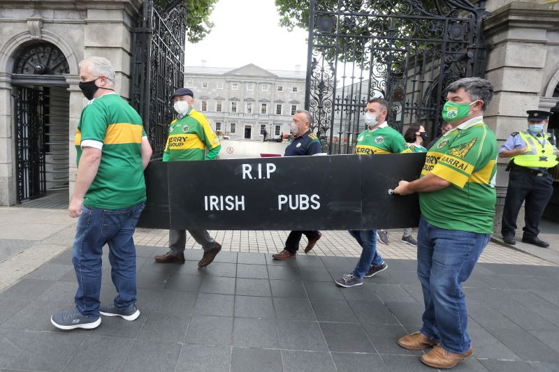 September 9, 2020: Kerry Publicans protest outside of Leinster House in Dublin. A group of publicans from Co Kerry, wearing their county jerseys, protest against the continued closure of Irish pubs during lockdown.